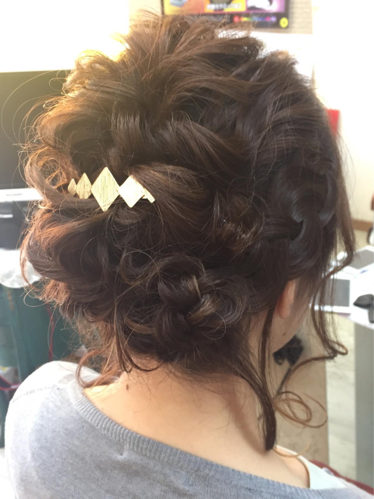 大人かわいい 結婚式 編み込み ミディアム ヘアスタイルや髪型の写真・画像 | 下野結城 / hair kahuna  京急蒲田店 & CORALREEF 鶴見市場