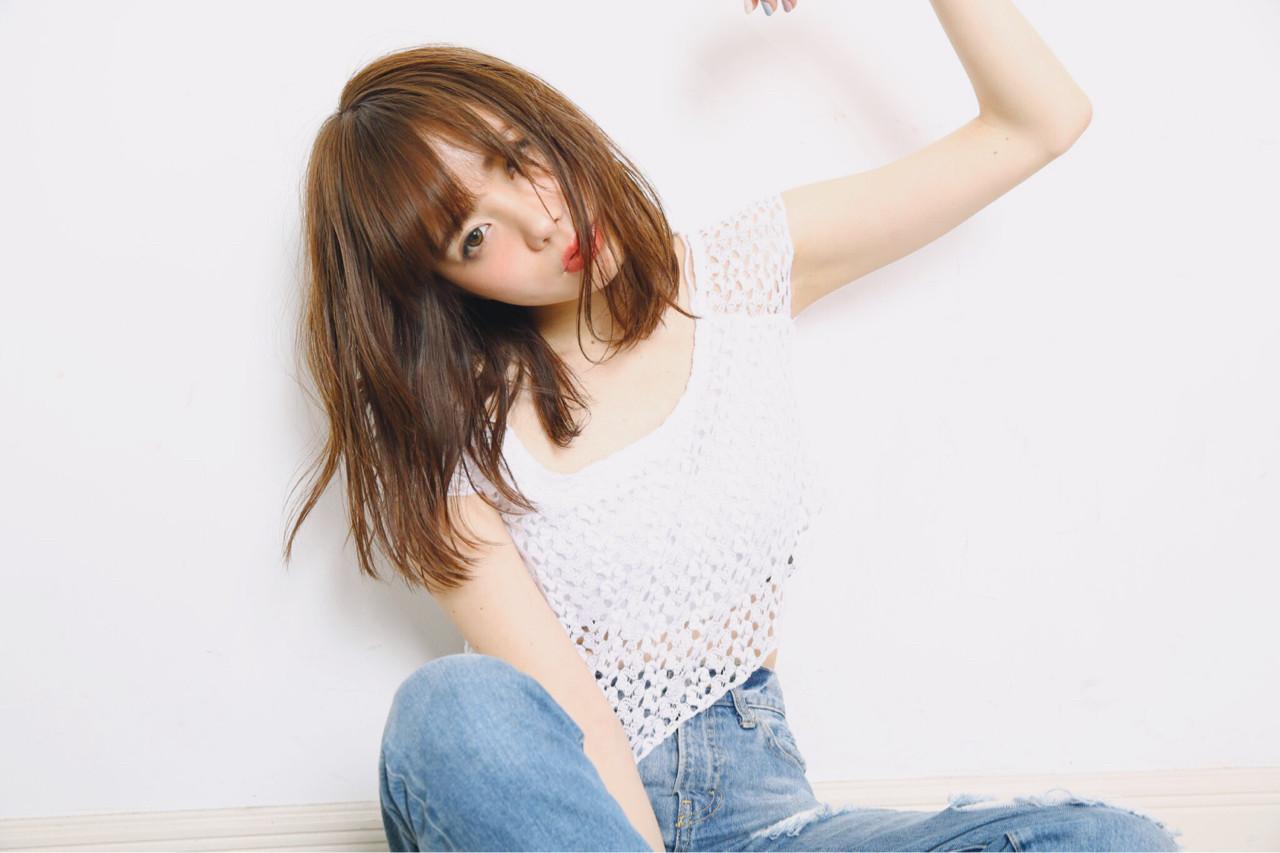 ミディアム 大人かわいい フェミニン 外国人風 ヘアスタイルや髪型の写真・画像 | 坂本 葵 /