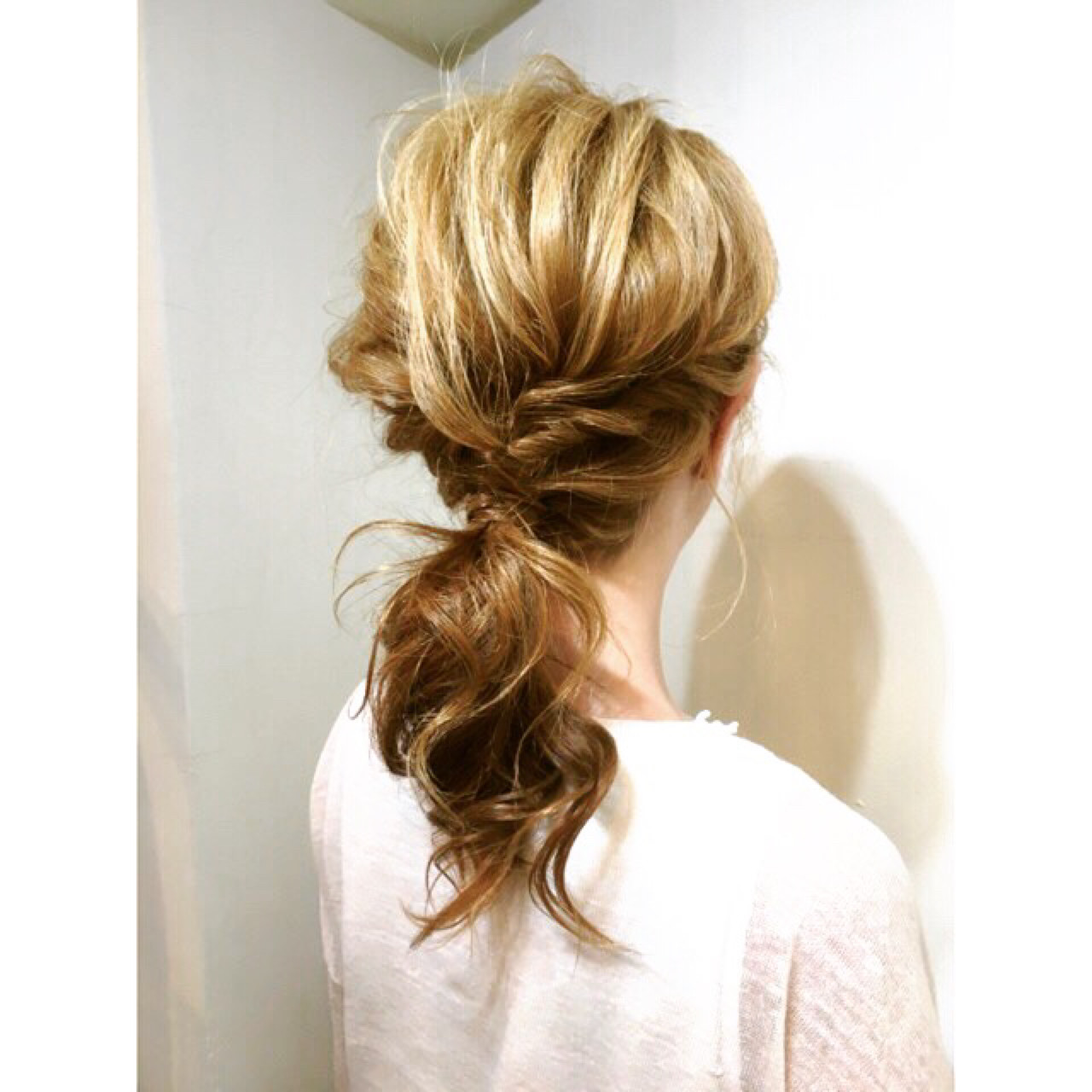 夏 簡単ヘアアレンジ ショート ポニーテール ヘアスタイルや髪型の写真・画像 | COM PASS 太一 / COM PASS