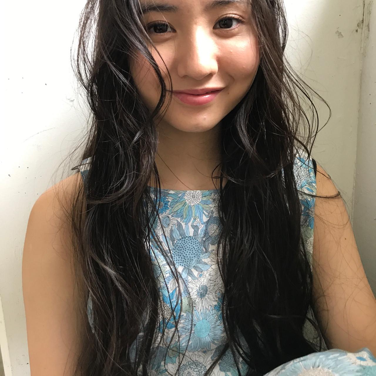 オフィス エレガント 上品 ロング ヘアスタイルや髪型の写真・画像 | 小西敬二郎 / Heartim