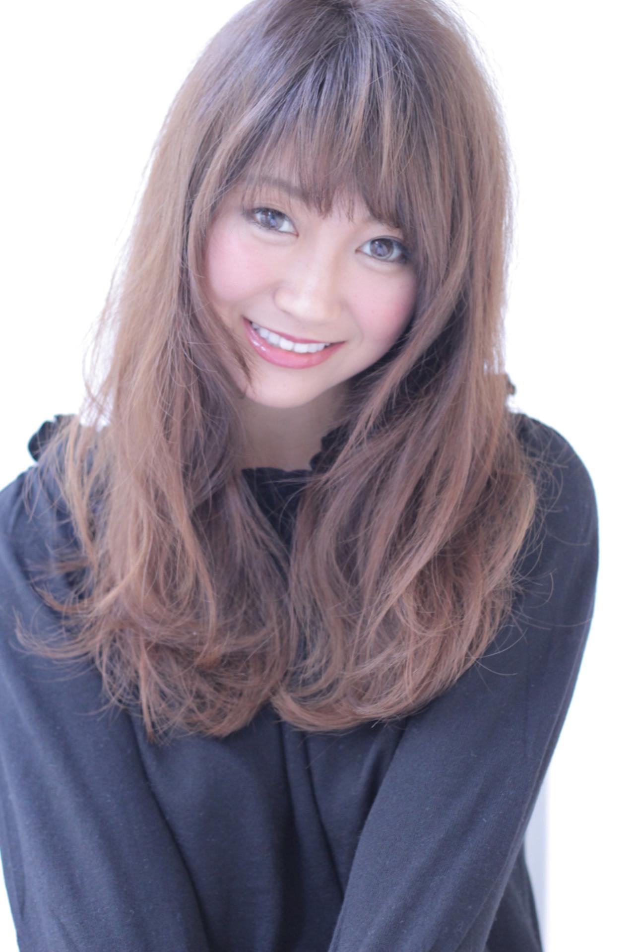 セミロング グラデーションカラー 前髪あり アッシュ ヘアスタイルや髪型の写真・画像 | 石田 学史 / DISHEL