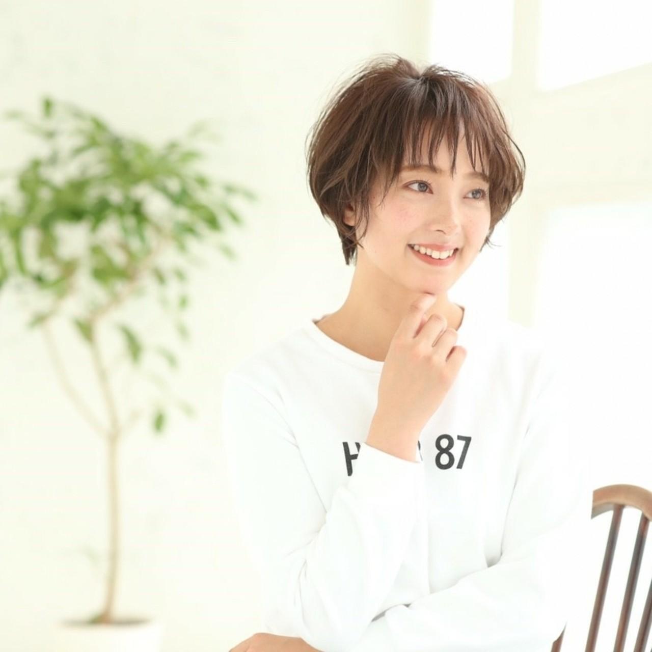 色気 アッシュ グレージュ 大人かわいい ヘアスタイルや髪型の写真・画像   asuka /
