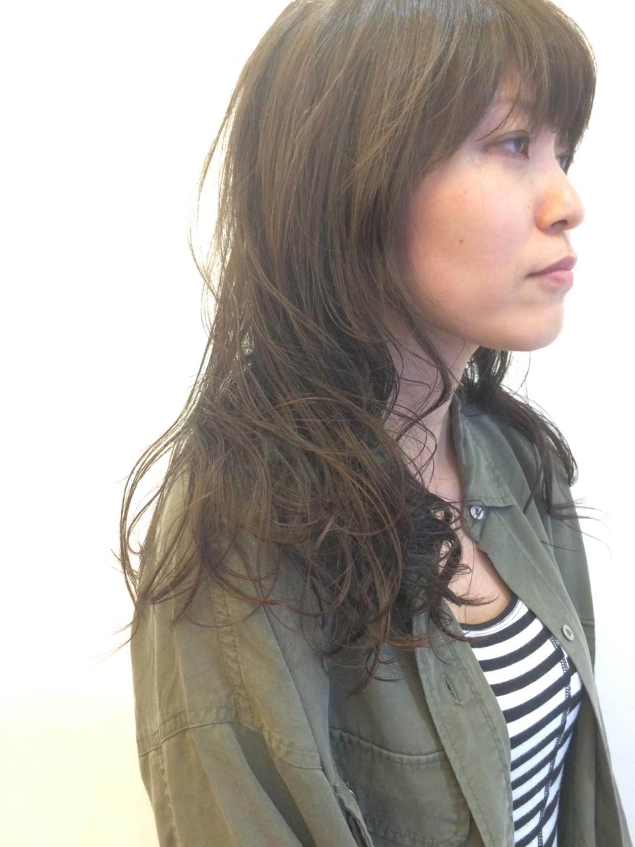 ストリート 大人女子 外国人風カラー かっこいい ヘアスタイルや髪型の写真・画像   飯島 直彬 / SEES HAIR