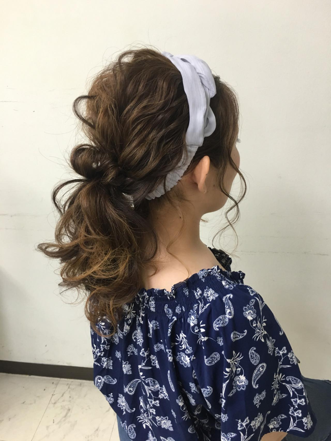 大人かわいい ゆるふわ ポニーテール セミロング ヘアスタイルや髪型の写真・画像 | YUKINO / セットサロン スキーター