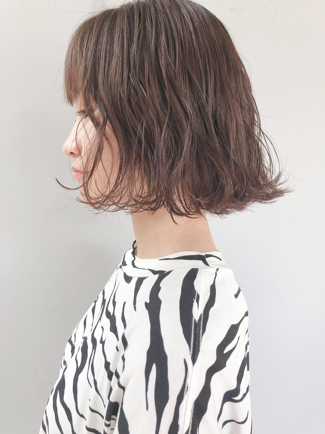 ミニボブ ショートヘア ボブ アッシュグレージュヘアスタイルや髪型の写真・画像