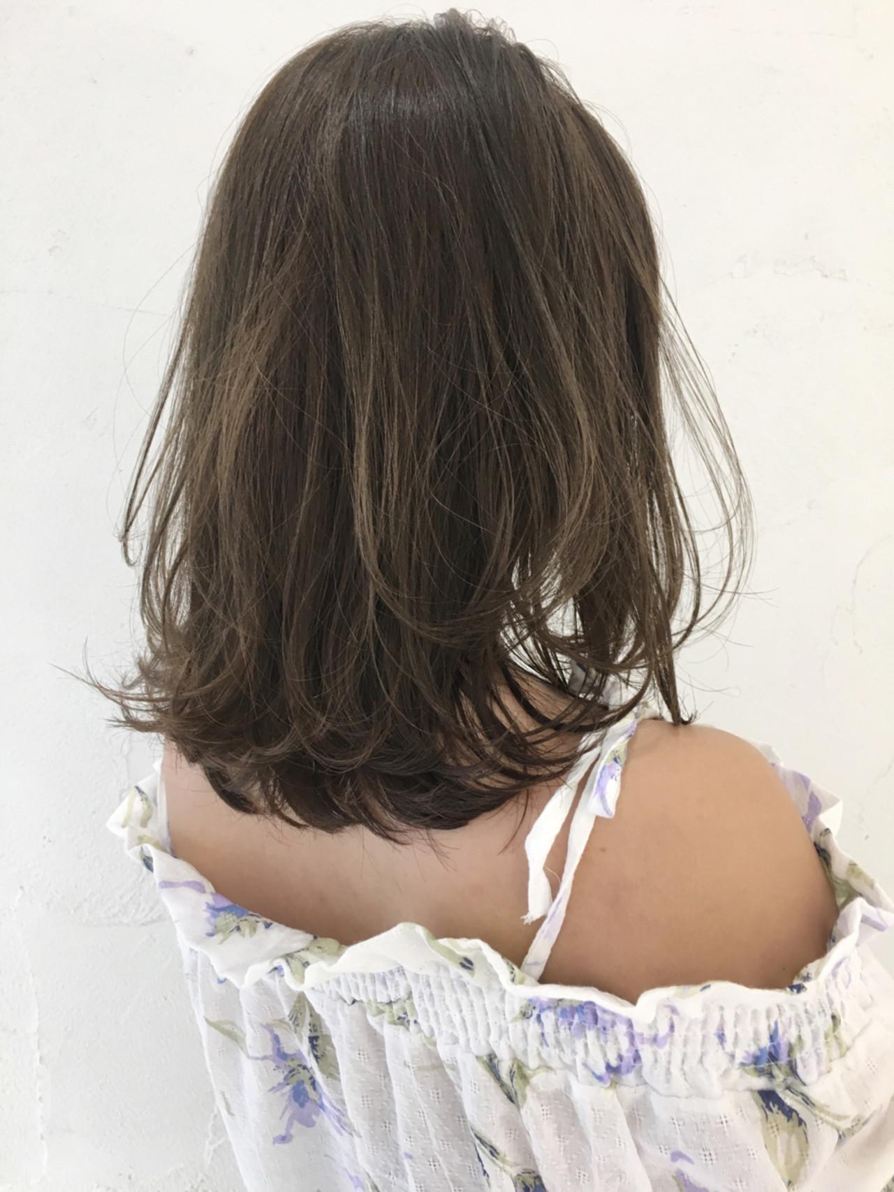 抜け感 ハイトーン ガーリー グレージュ ヘアスタイルや髪型の写真・画像   中島 潮里 / whyte / whyte