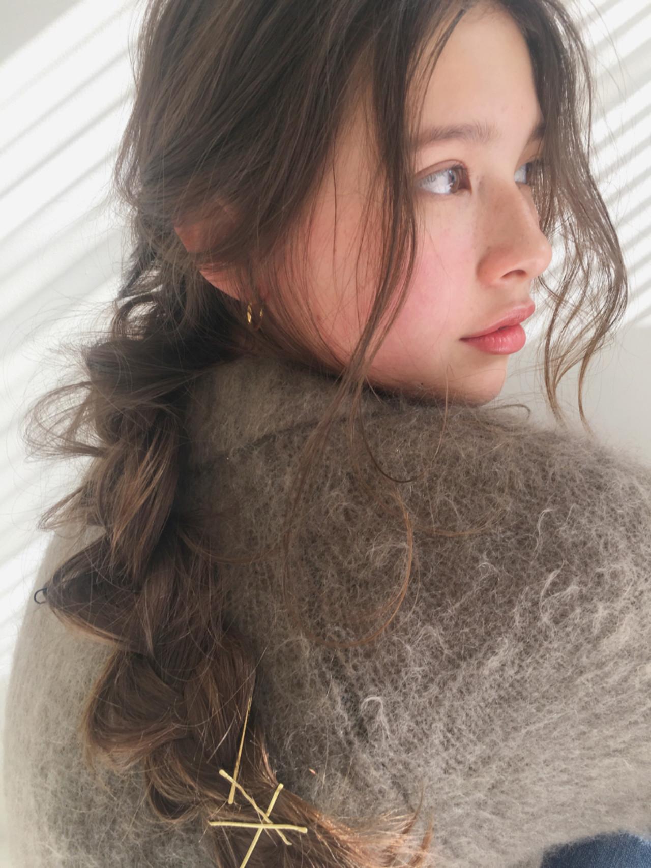 ヘアアレンジ ガーリー 愛され 色気 ヘアスタイルや髪型の写真・画像   中島 潮里 / whyte / whyte
