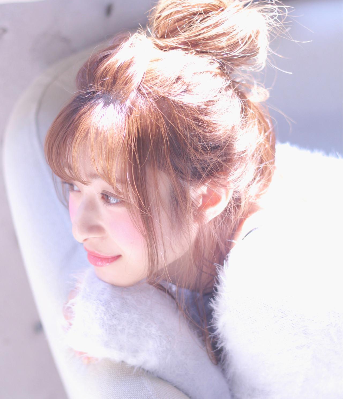 簡単ヘアアレンジ フェミニン ヘアアレンジ お団子 ヘアスタイルや髪型の写真・画像   Wataru Maeda / cache cache