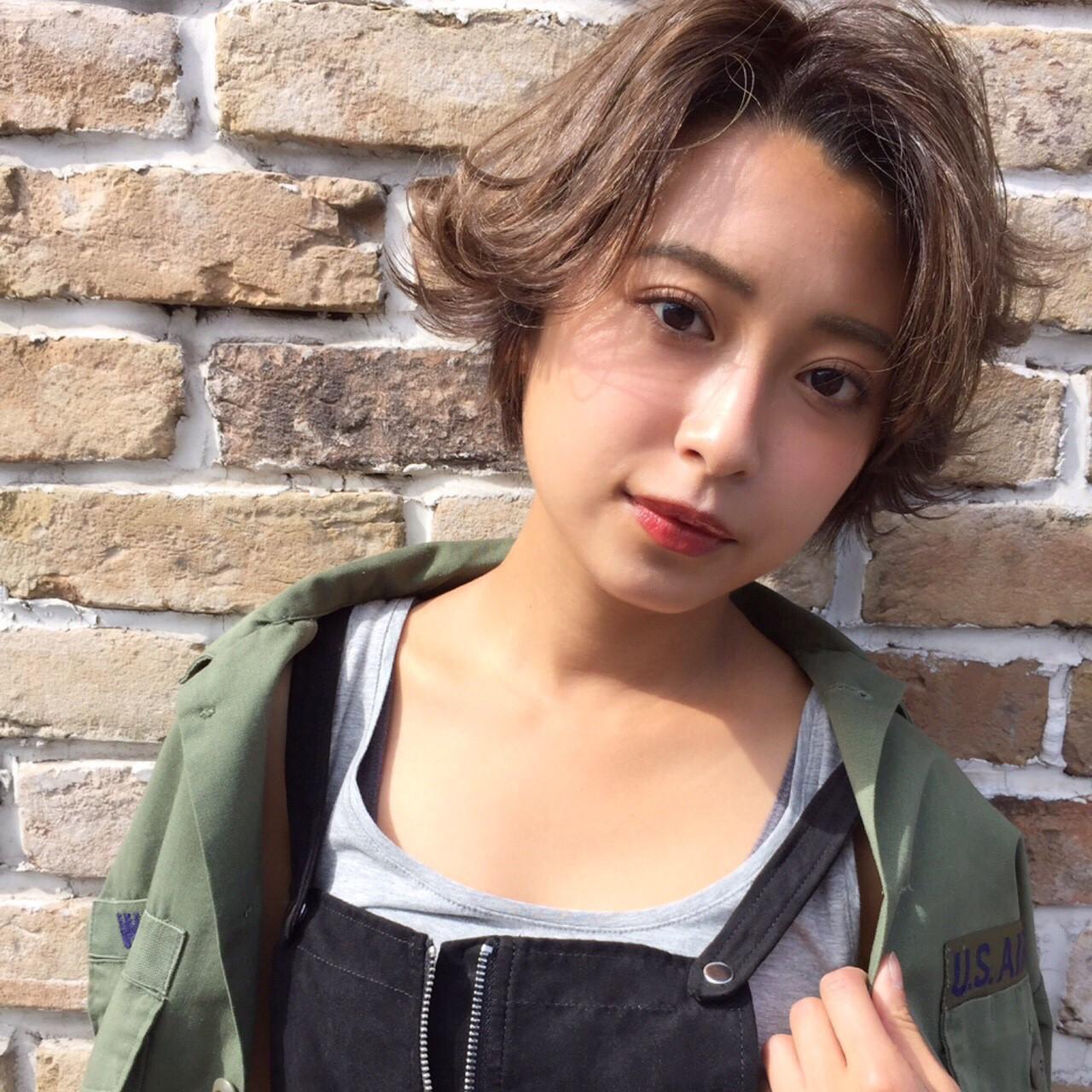 かっこいい センターパート 大人かわいい パーマ ヘアスタイルや髪型の写真・画像   Ninomiya Takashi / Grege
