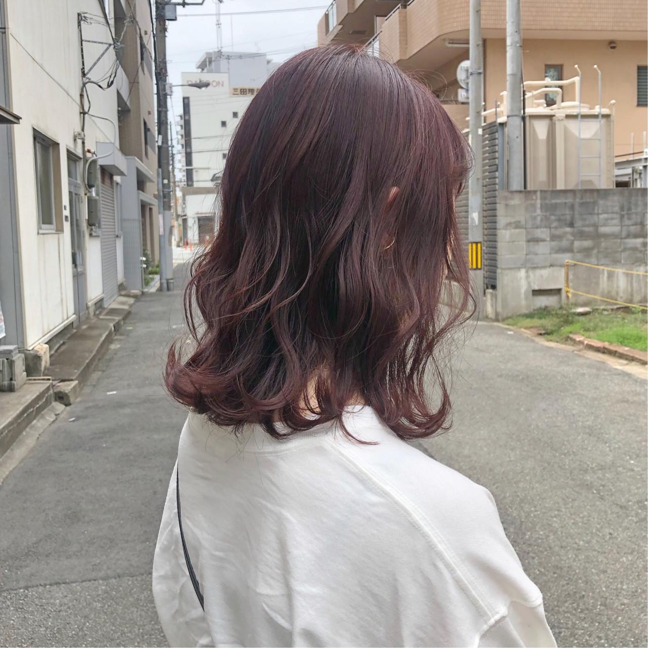 ガーリー ピンクベージュ デート ピンクアッシュヘアスタイルや髪型の写真・画像