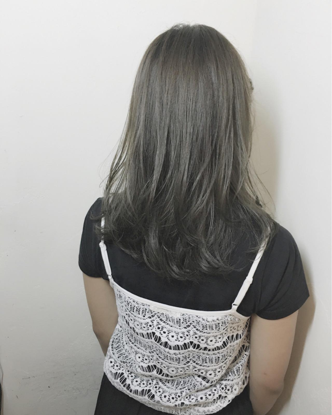 くすみ感が魅力の旬色「アッシュグレー」。市販品でセルフヘアカラーの注意点まとめ 須賀 ユウスケ