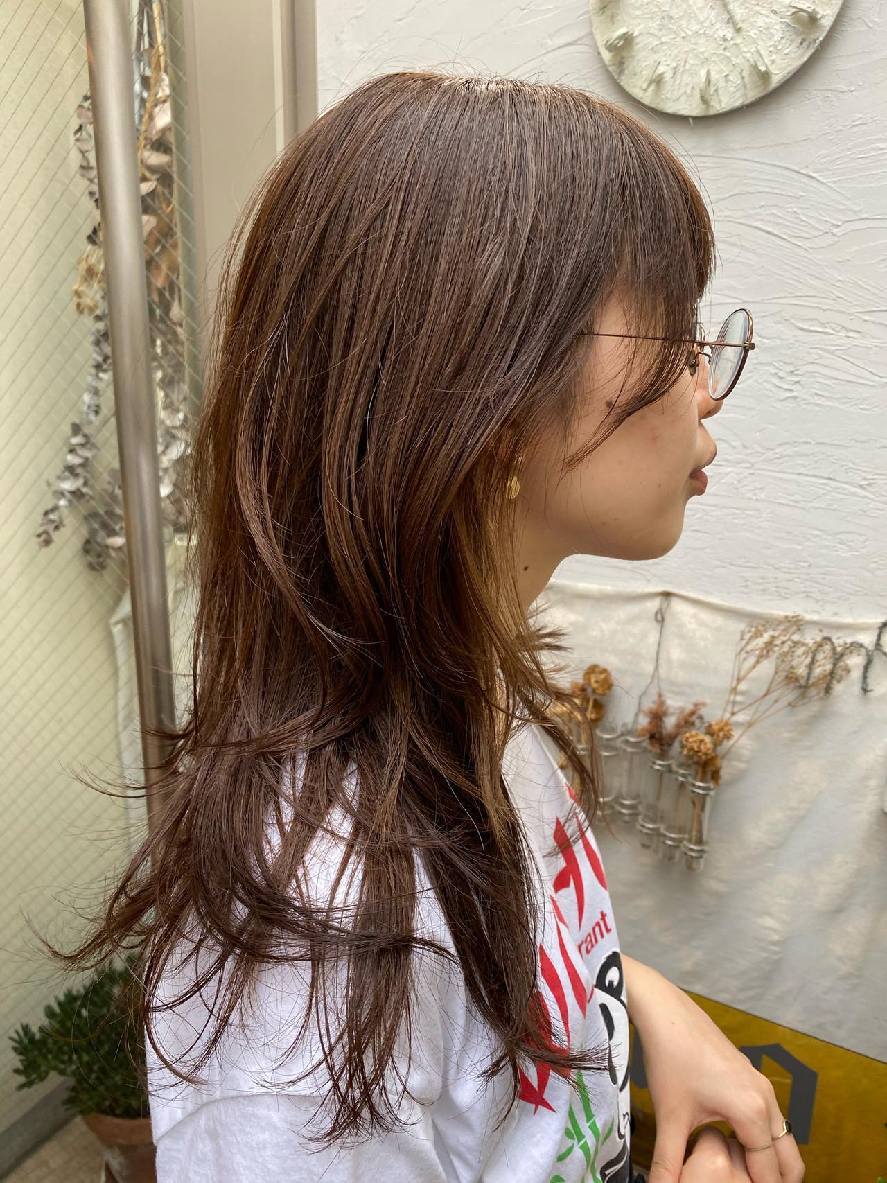 インナーカラーホワイト 切りっぱなしボブ インナーカラー ロング ヘアスタイルや髪型の写真・画像