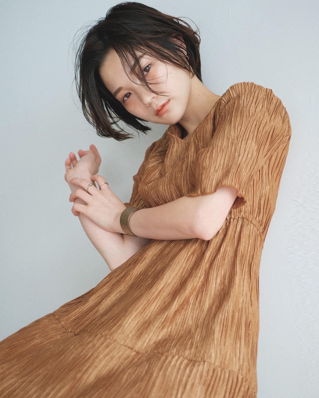ショート 黒髪 ナチュラル オフィス ヘアスタイルや髪型の写真・画像 | YUJI / LIICHI / LIICHI (リイチ)