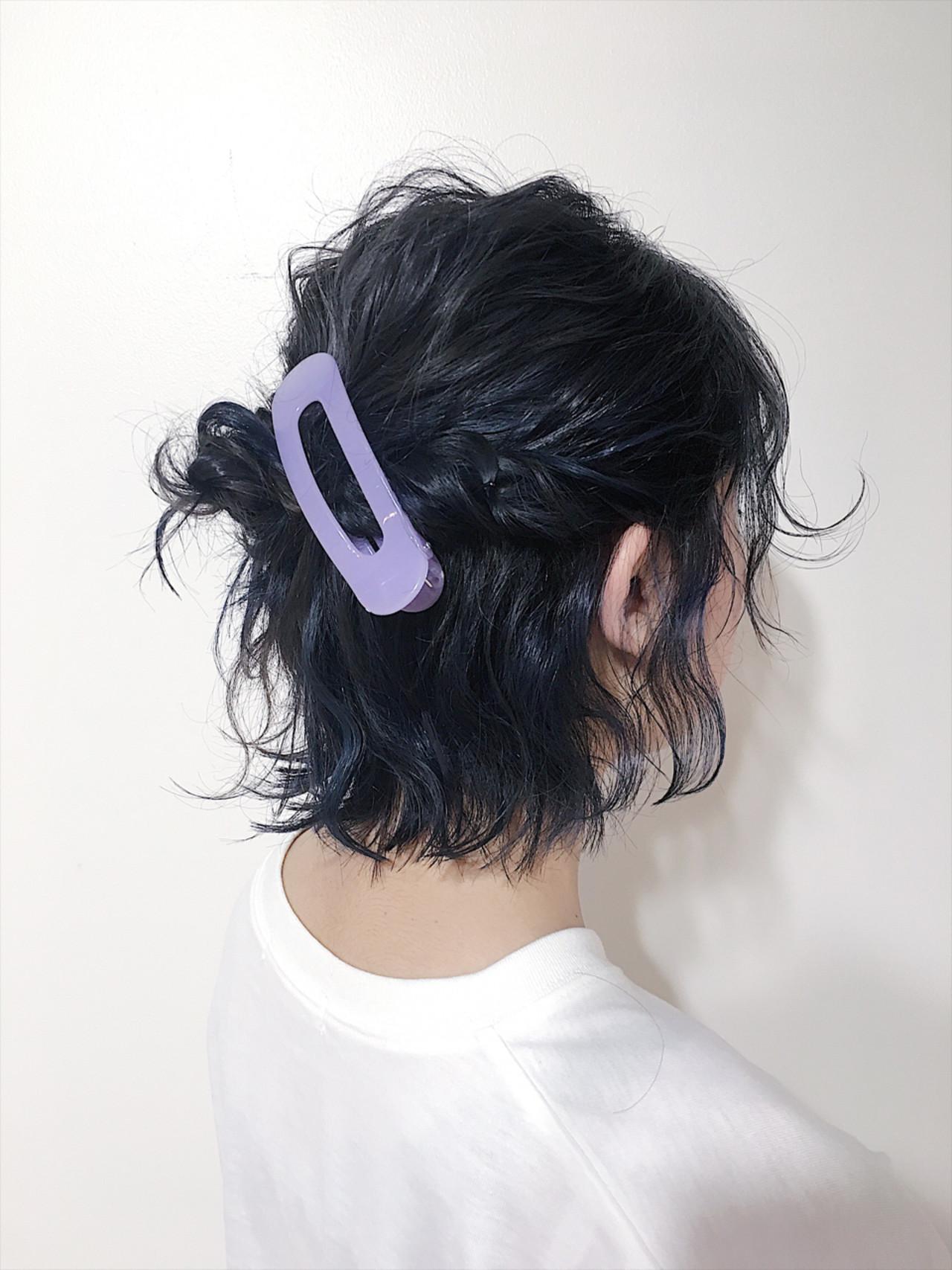 インナーカラー ストリート アッシュグレー 簡単ヘアアレンジヘアスタイルや髪型の写真・画像