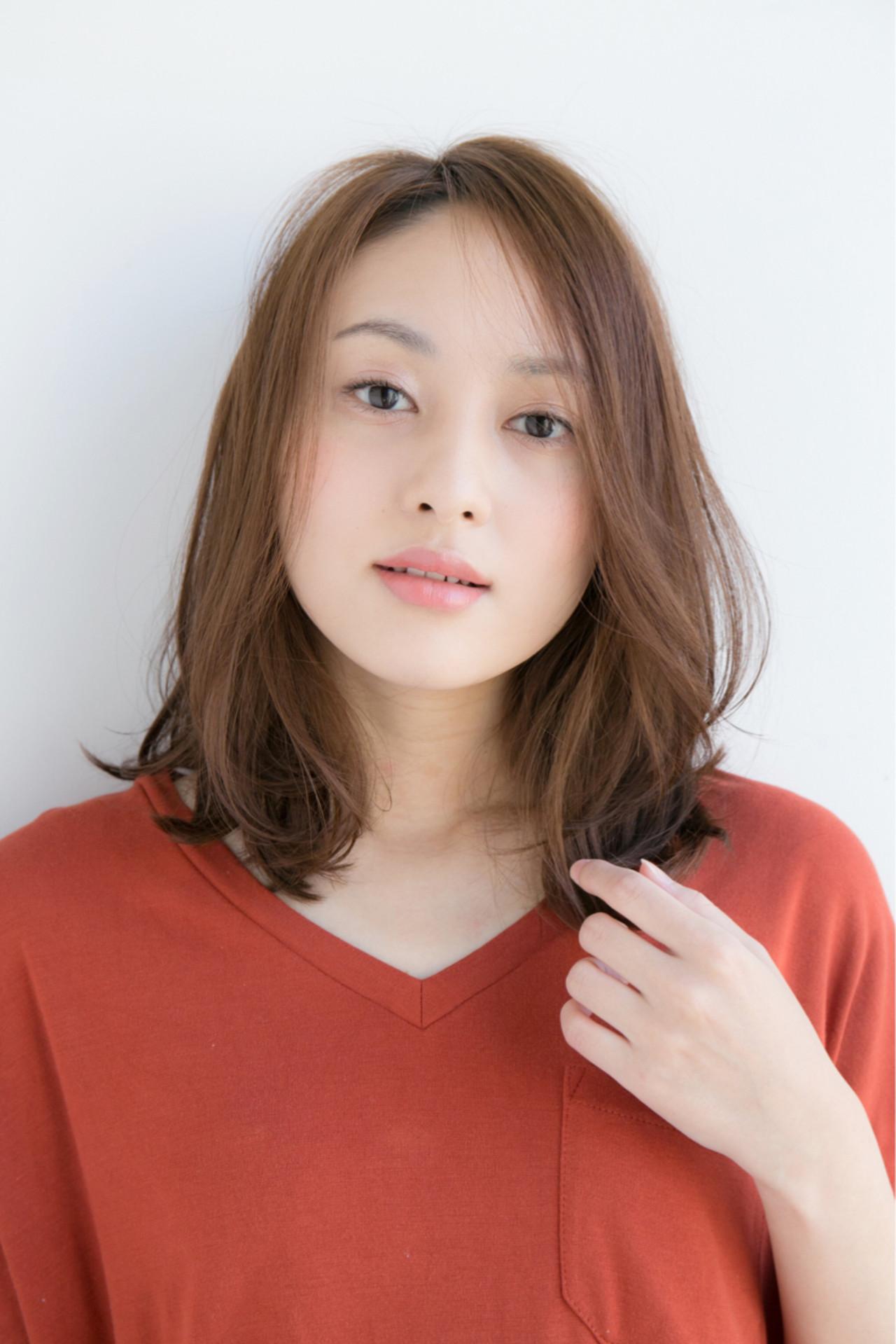 色気 デート ミディアム オフィス ヘアスタイルや髪型の写真・画像 | 松下哲士 / GARDEN aoyama
