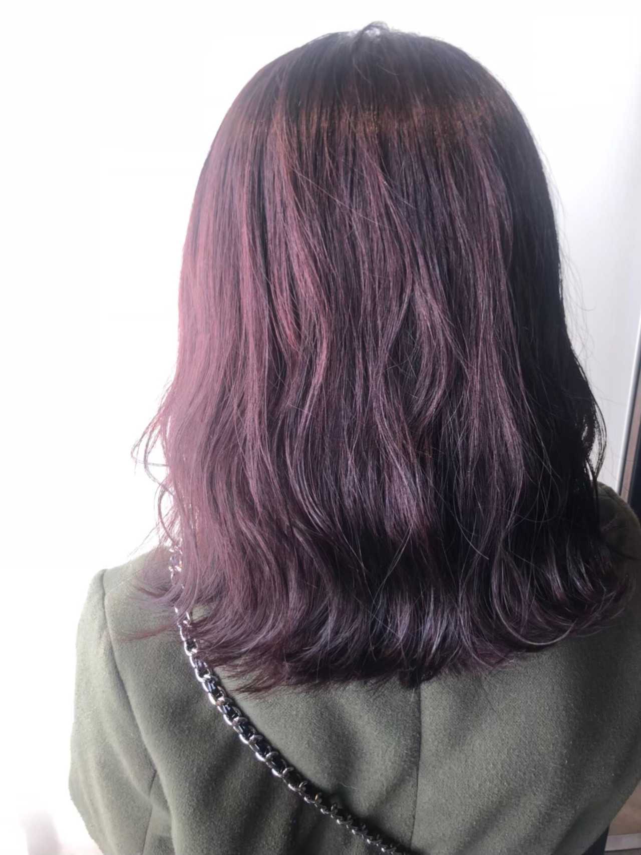 ピンクラベンダー ラベンダーグレージュ ミディアム イルミナカラーヘアスタイルや髪型の写真・画像