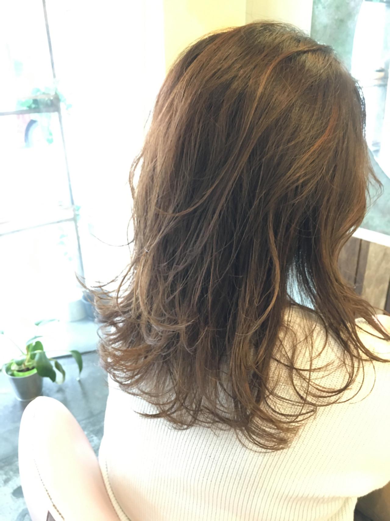 グラデーションカラー セミロング 透明感 レイヤーカット ヘアスタイルや髪型の写真・画像   中山 天地 / MUSE bis 自由が丘店