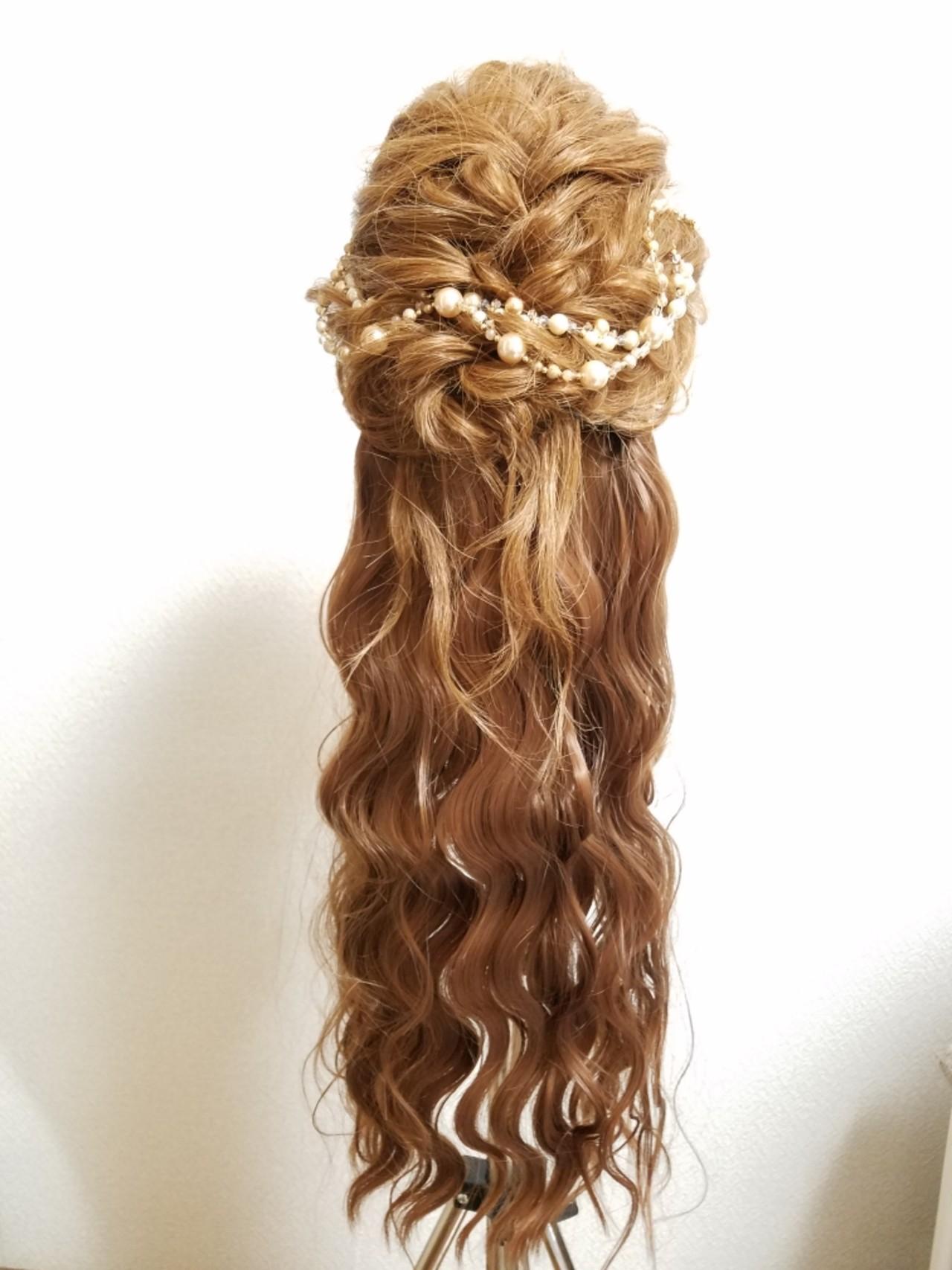 ガーリー セミロング 結婚式 ゆるふわ ヘアスタイルや髪型の写真・画像 | yukari koga / hair&makeup artist freelance