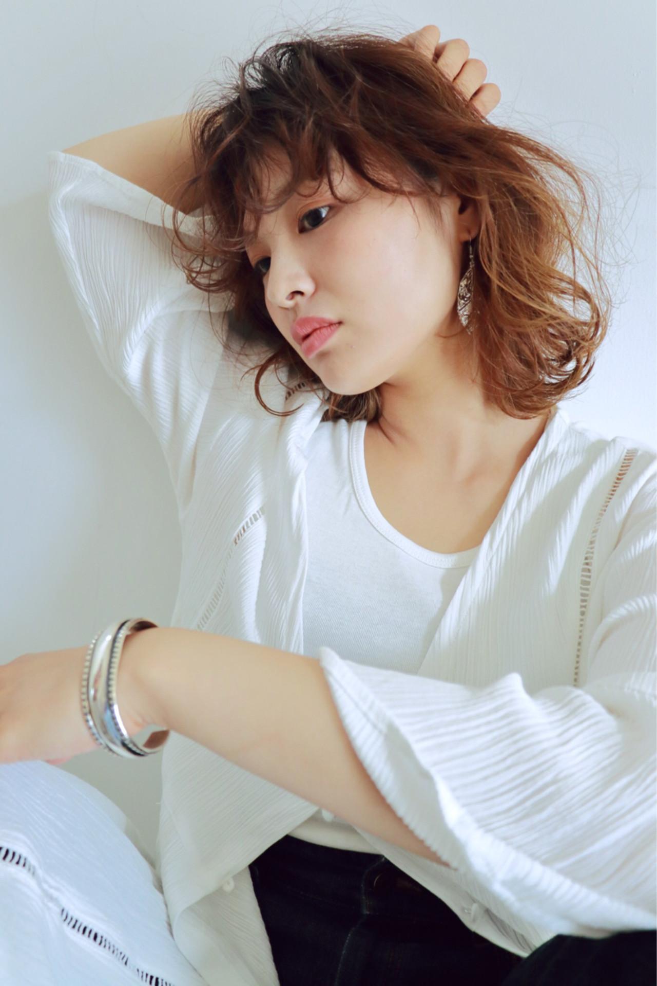 外国人風 ボブ 前髪あり ナチュラル ヘアスタイルや髪型の写真・画像   chiaki / magnet hair