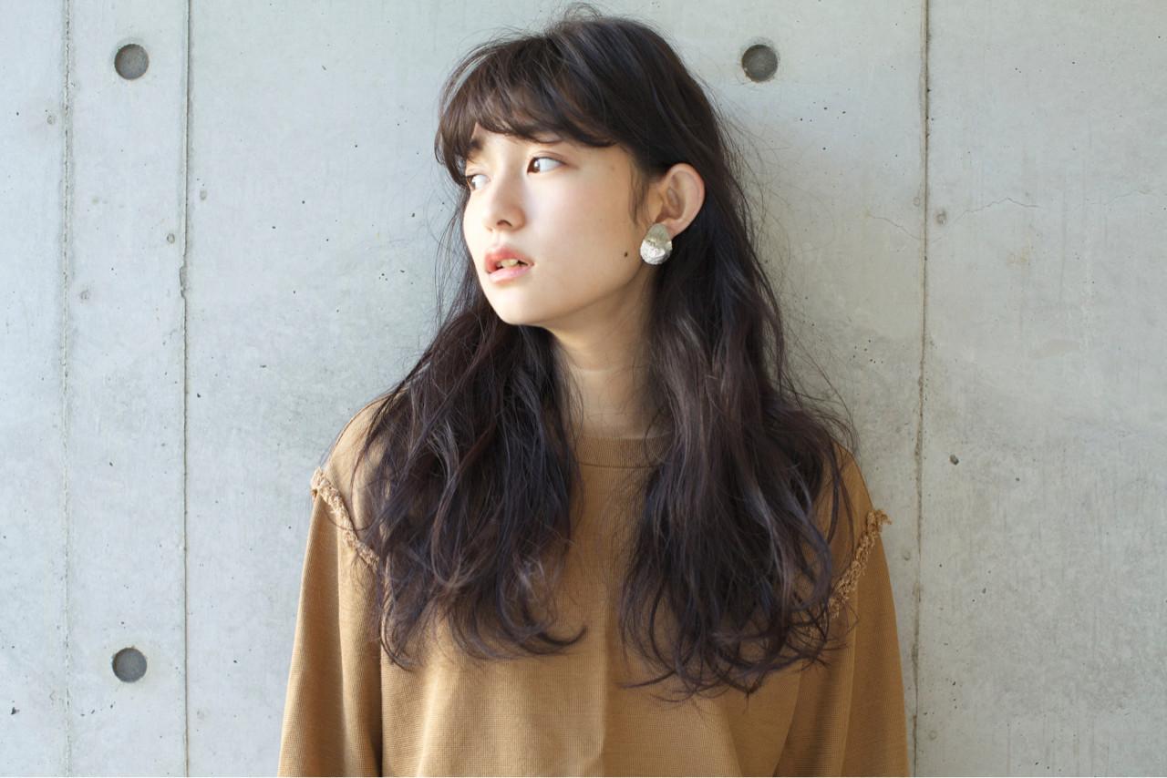 ニュアンス パーマ 小顔 フリンジバング ヘアスタイルや髪型の写真・画像 | 佐脇 正徳 / LOAVE AOYAMA(ローヴ アオヤマ)