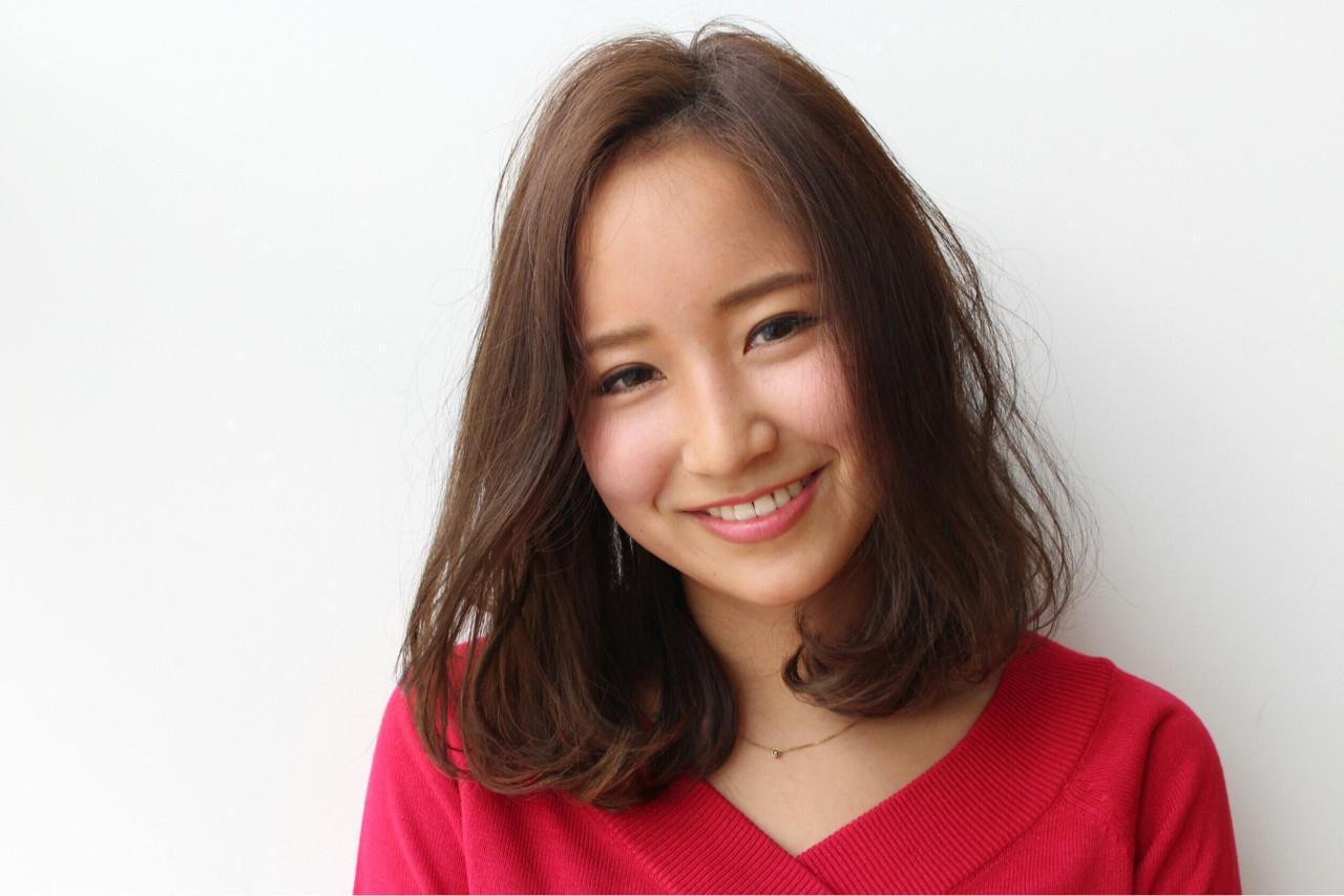 ナチュラル ロブ ミディアム 大人かわいい ヘアスタイルや髪型の写真・画像 | 三上 奈巳 / Spin hair 烏丸店