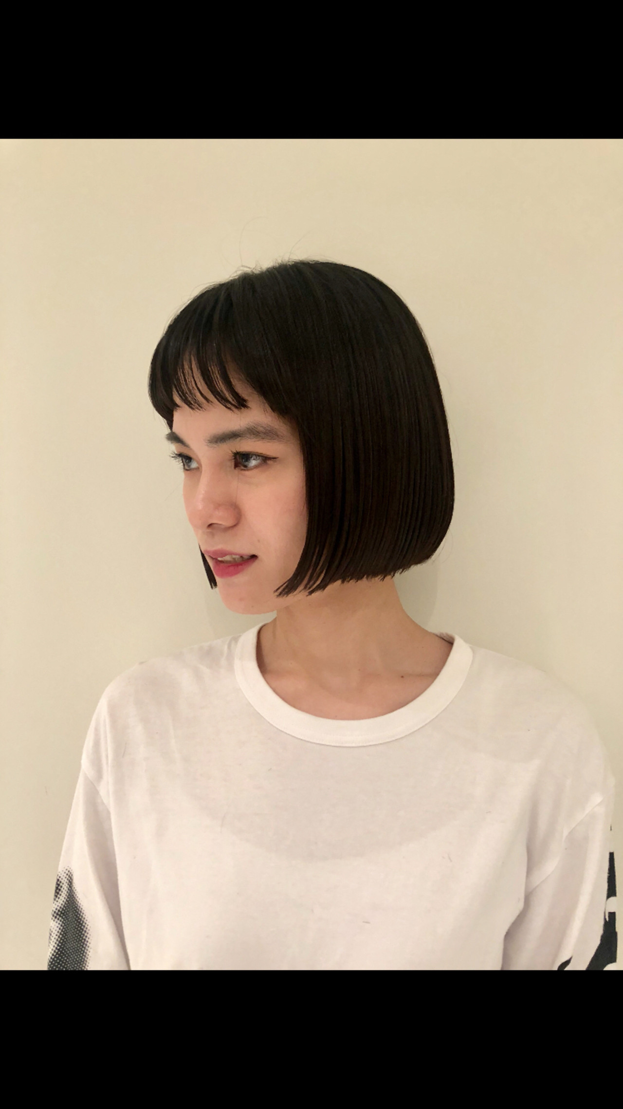 切りっぱなしボブ 黒髪 ぱっつん ミニボブ ヘアスタイルや髪型の写真・画像