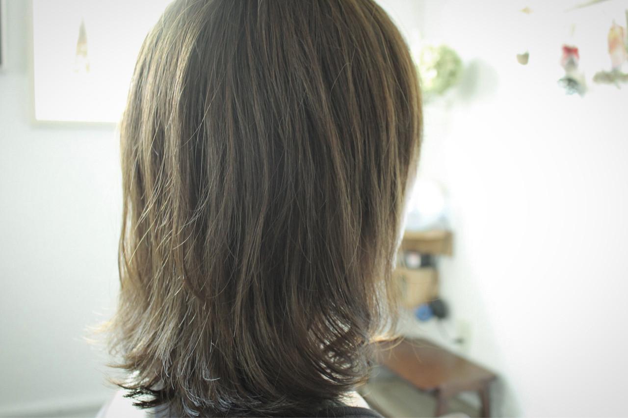 スモーキーアッシュ ナチュラル オリーブアッシュ ベージュ ヘアスタイルや髪型の写真・画像   creap / creap