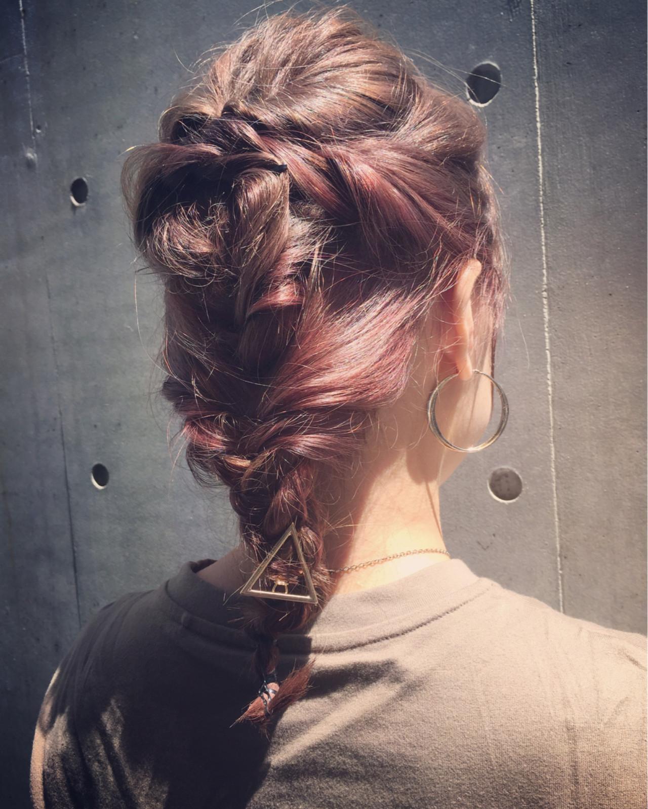 アッシュ ミディアム ショート 簡単ヘアアレンジヘアスタイルや髪型の写真・画像
