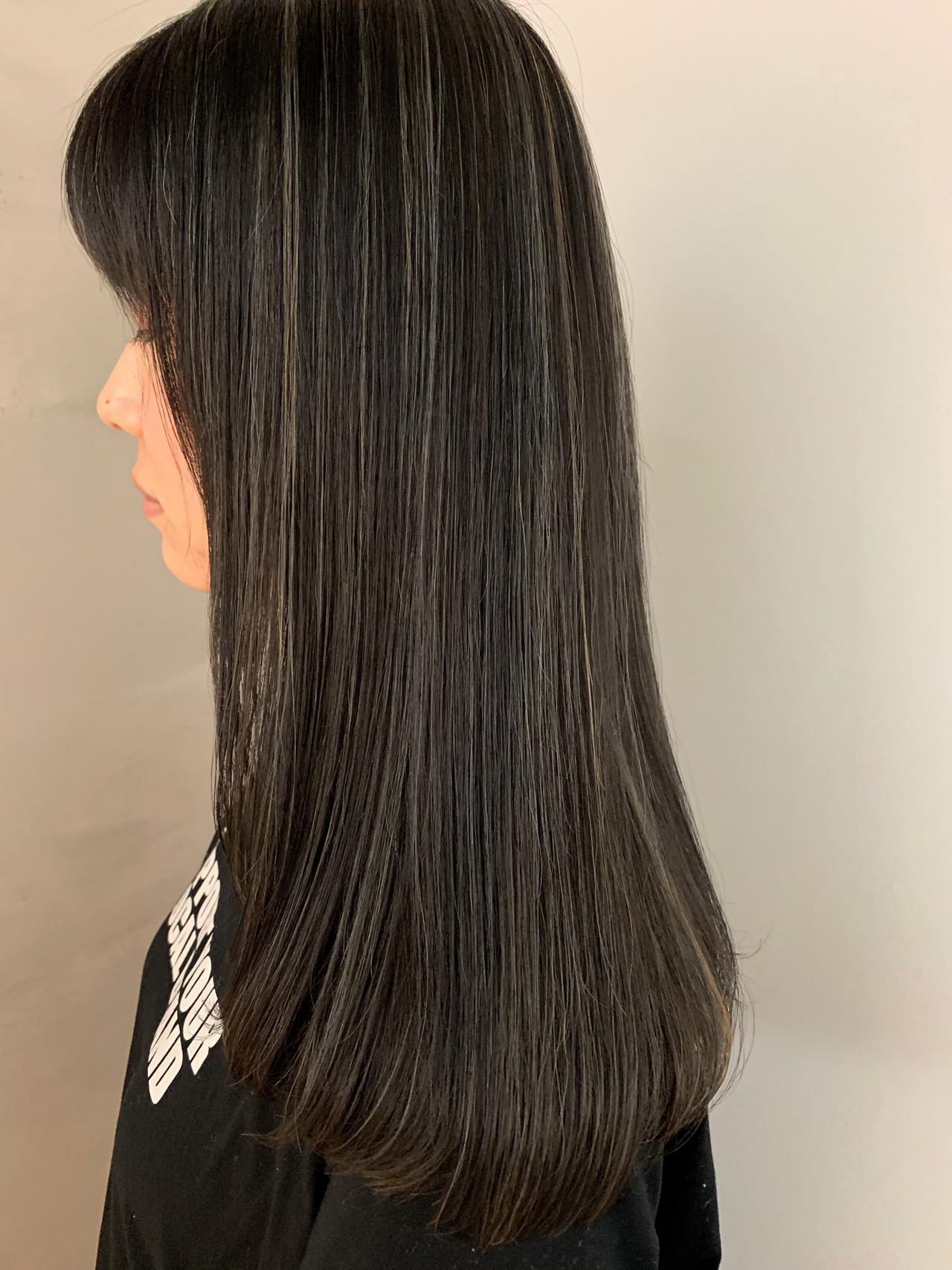 ホワイトハイライト ナチュラル グレージュ ハイライト ヘアスタイルや髪型の写真・画像 | MORNING.miya/@1031miya / HAIR MORNING.