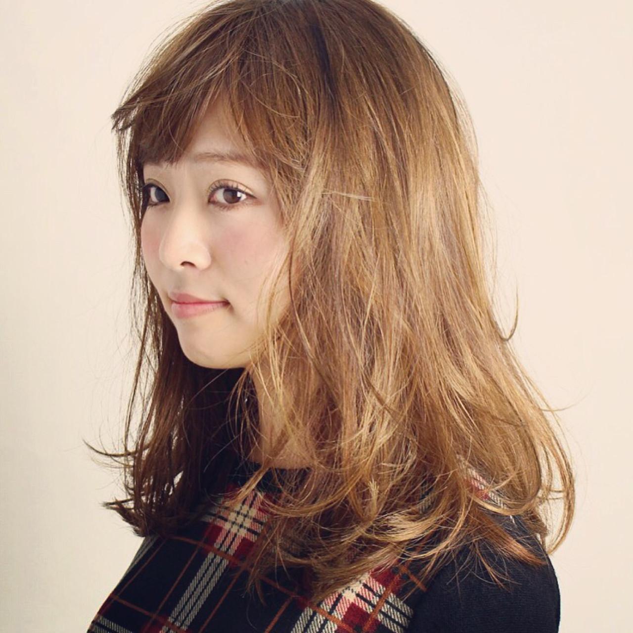 フェミニン セミロング ナチュラル ゆるふわ ヘアスタイルや髪型の写真・画像 | Kyohei Konishi / OfHAIR表参道店