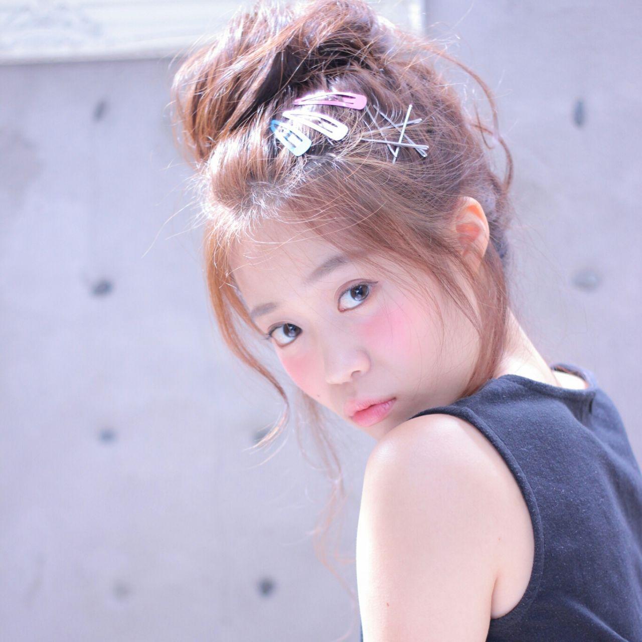 ヘアアレンジ 透明感 お団子 セミロング ヘアスタイルや髪型の写真・画像 | Wataru Maeda / cache cache