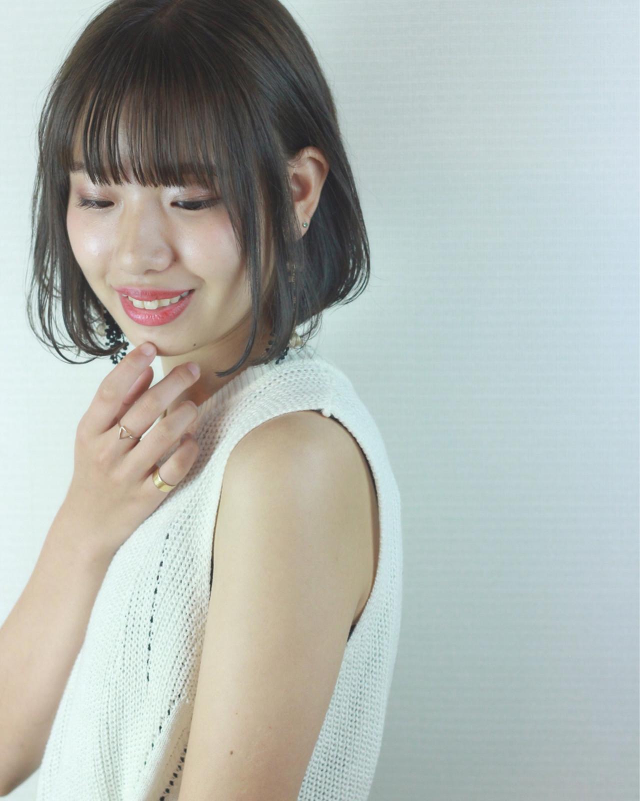 外国人風カラー ウェーブ グレージュ 大人かわいい ヘアスタイルや髪型の写真・画像   松田 和幸 / tuuli