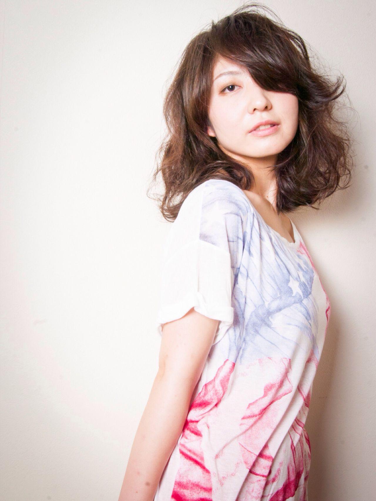 モテる女子は実践中!可愛すぎる黒髪ミディアムパーマ12選♡ 友田 徳政