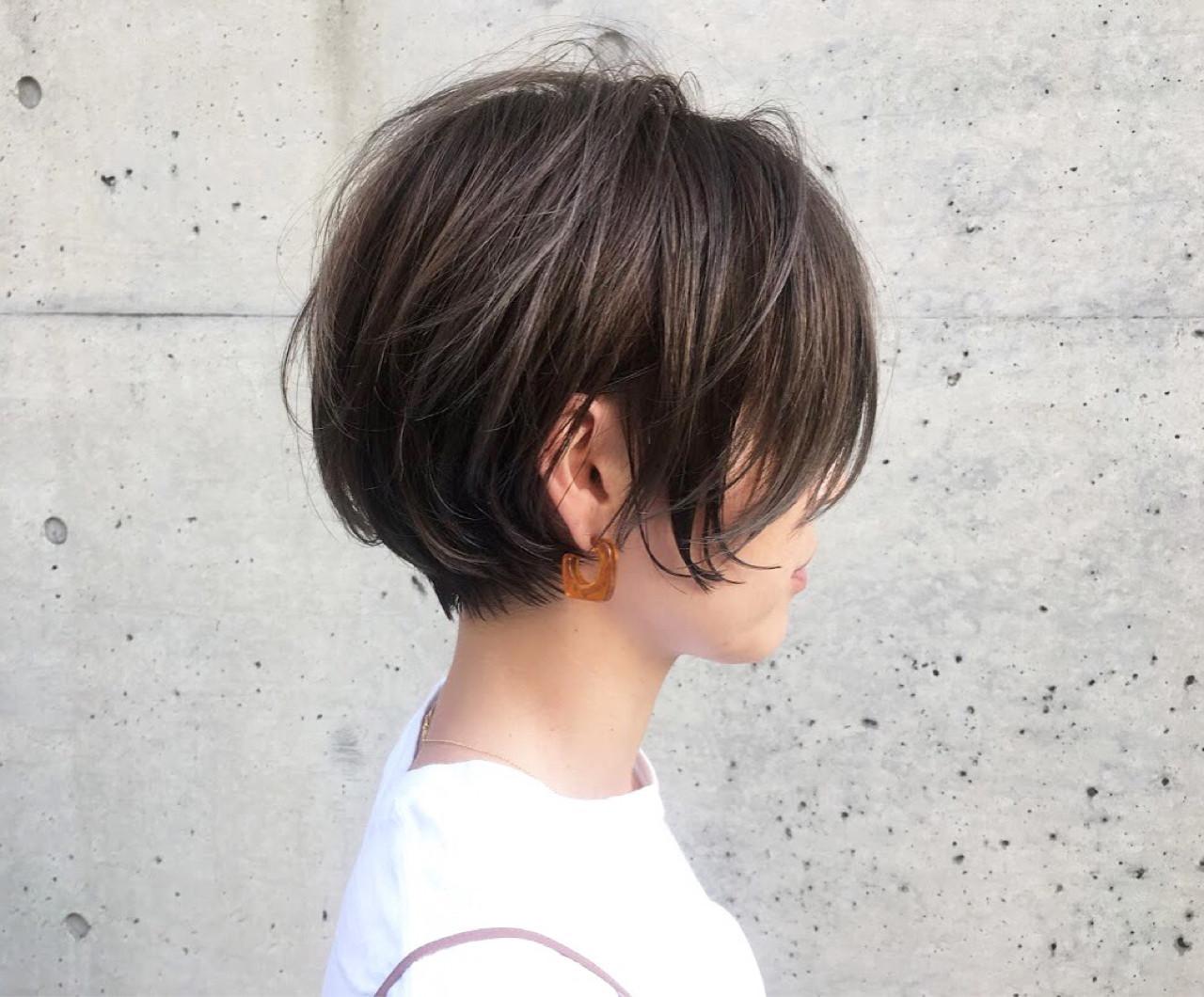ショート ハイライト ナチュラル リラックスヘアスタイルや髪型の写真・画像