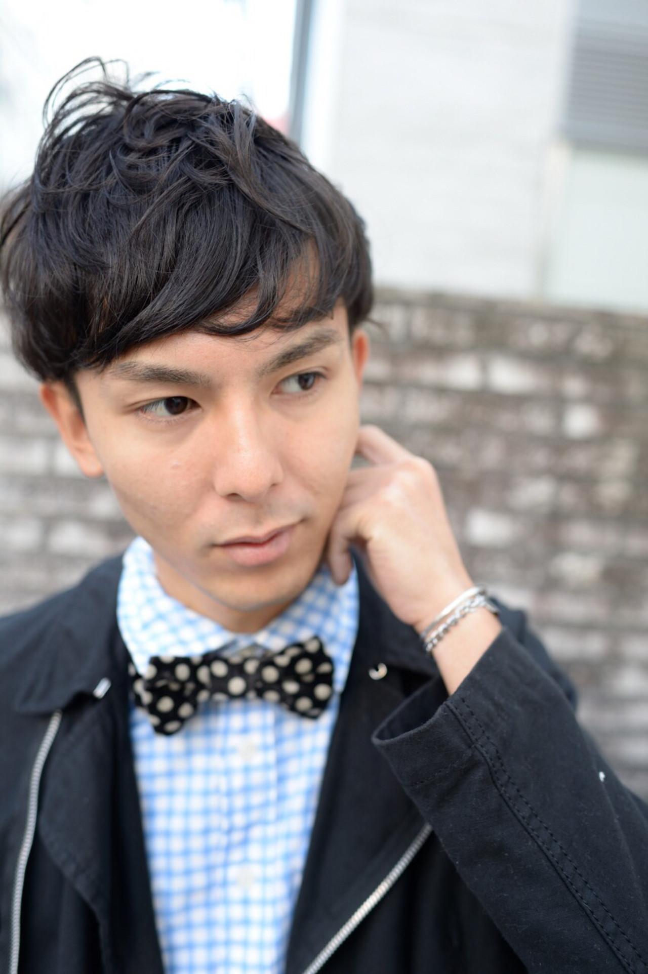 パーマ ボーイッシュ ショート 黒髪ヘアスタイルや髪型の写真・画像