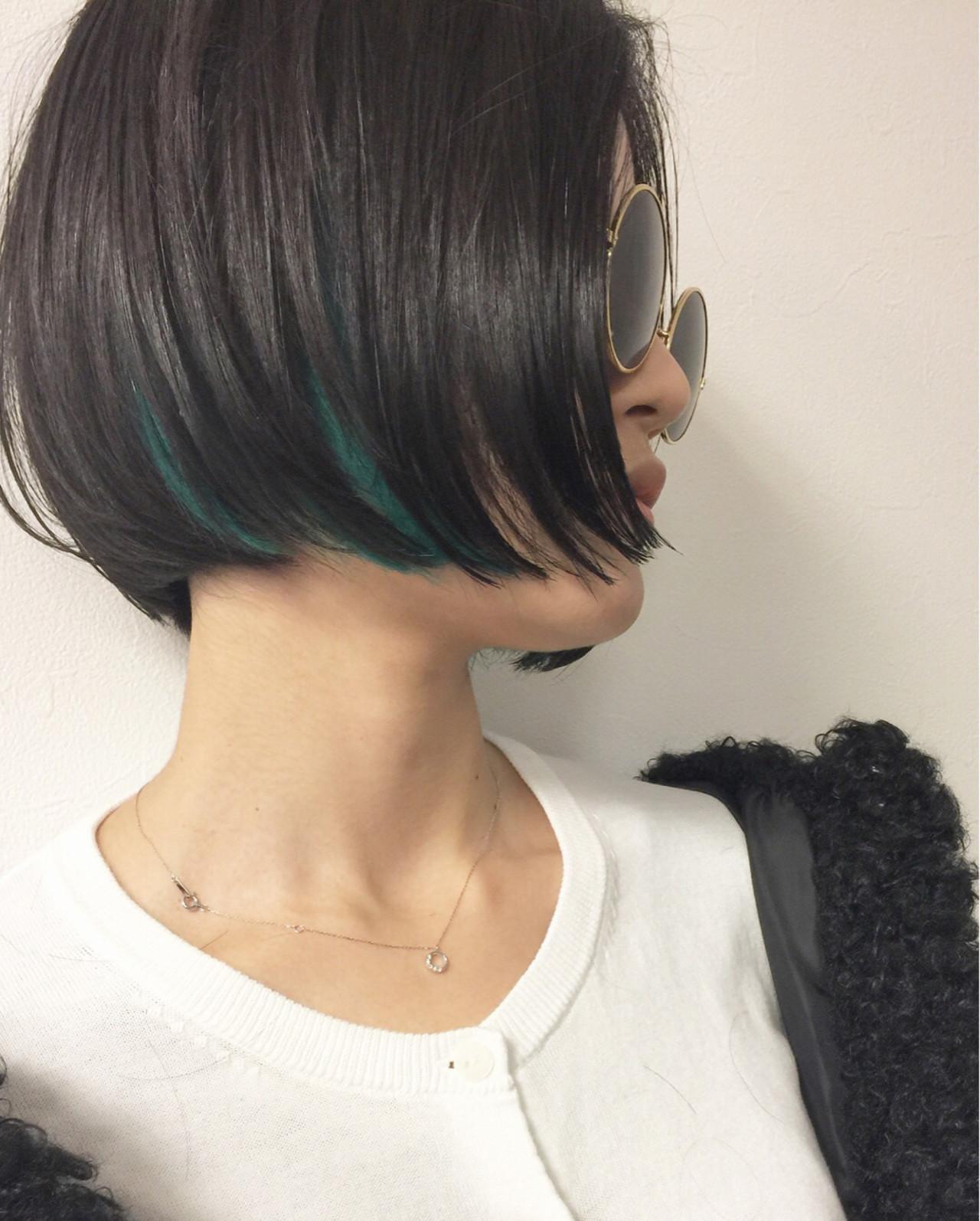 抜け感 黒髪 モード インナーカラーヘアスタイルや髪型の写真・画像