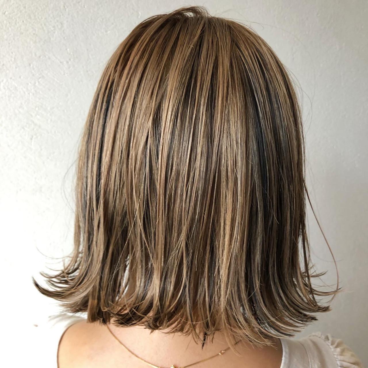 ストリート ローライト コントラストハイライト ハイライト ヘアスタイルや髪型の写真・画像