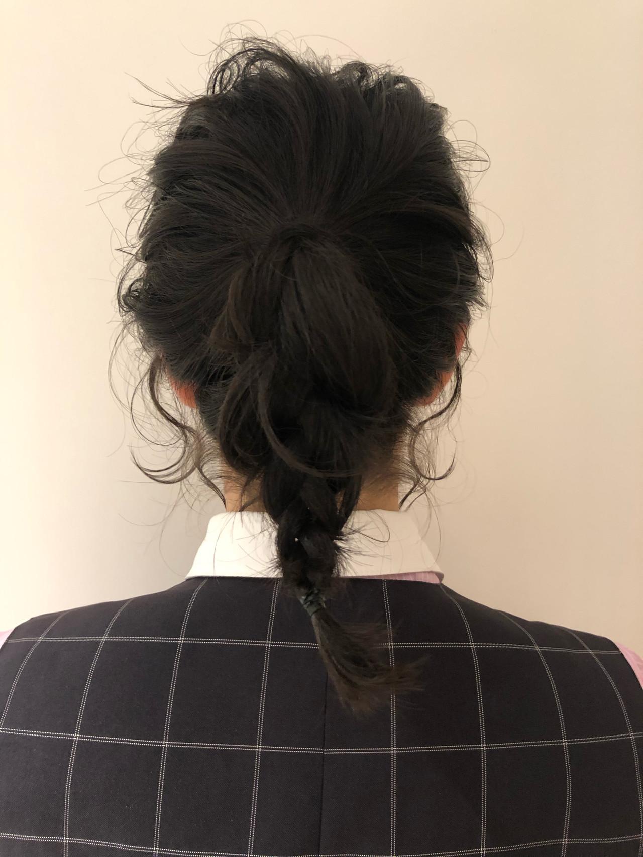 オフィス 結婚式 ミディアム ヘアアレンジヘアスタイルや髪型の写真・画像