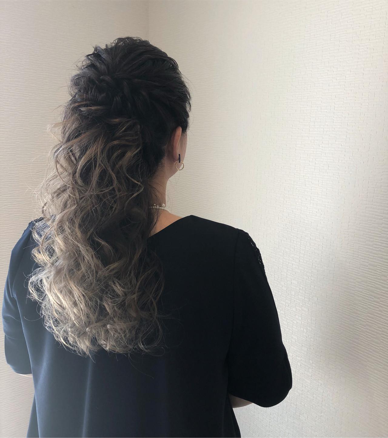 ヘアアレンジ ハーフアップ 結婚式 ねじり ヘアスタイルや髪型の写真・画像 | mai / HAIR SALON STELLA