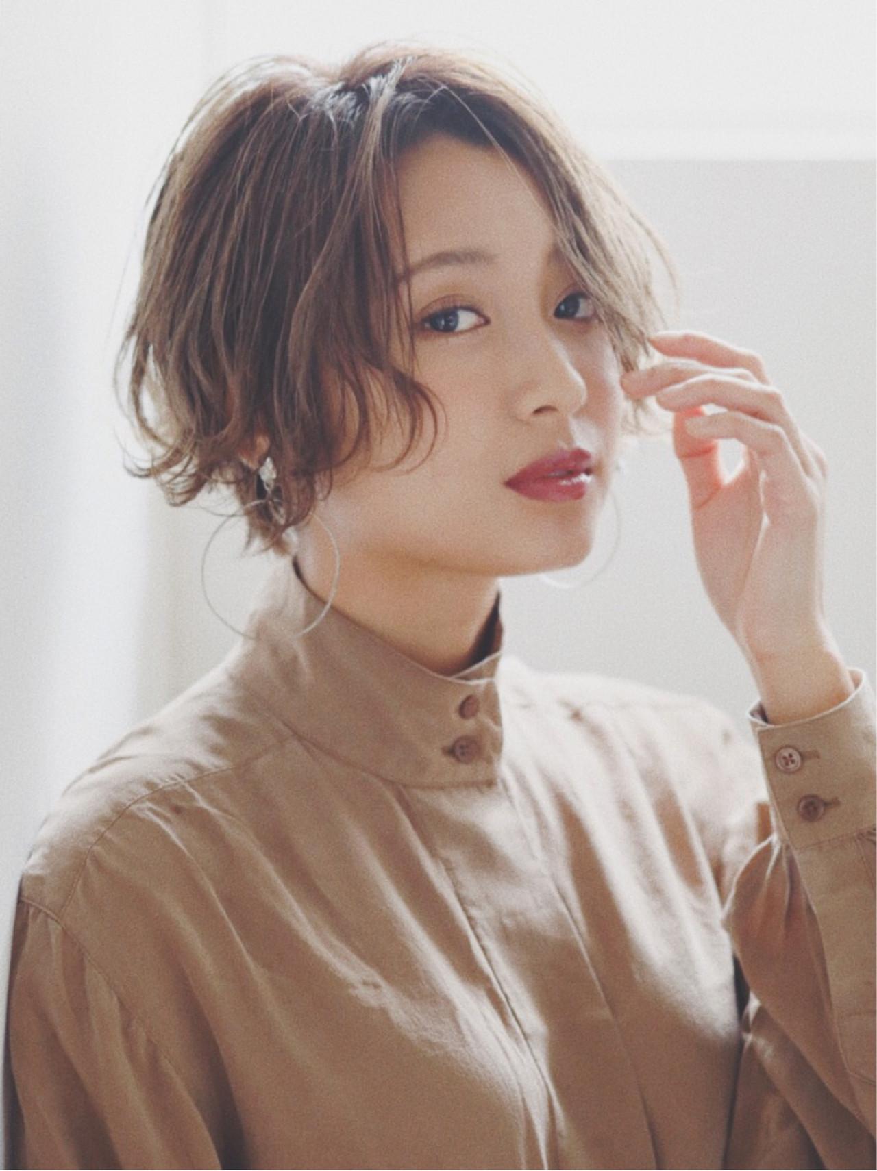 ミルクティーベージュ ワンレングス ショートボブ ショート ヘアスタイルや髪型の写真・画像 | ニシムラ カナ / La familia