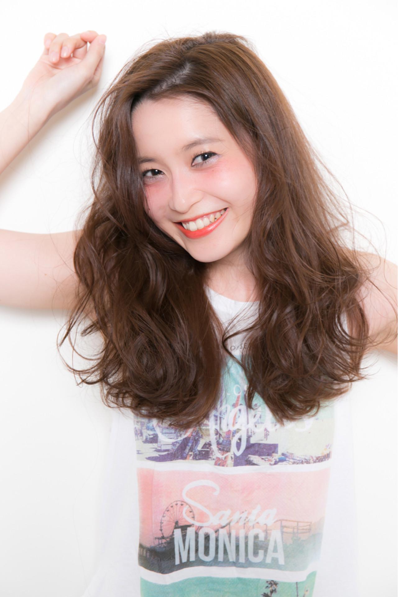 ゆるふわ パーマ アッシュ 外国人風 ヘアスタイルや髪型の写真・画像 | GARDEN 長田耕太 /  GARDEN