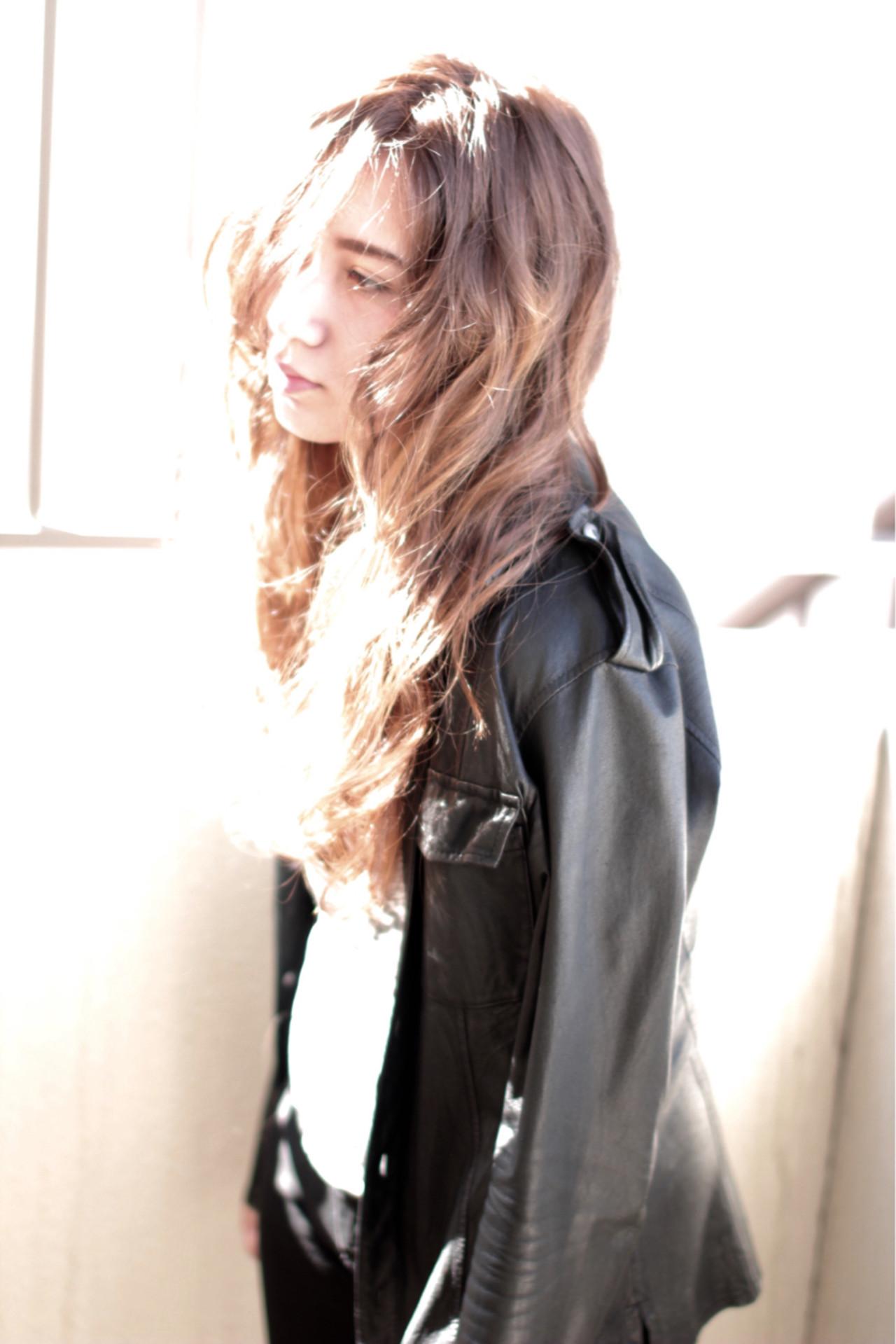 アッシュ グレージュ 春 外国人風 ヘアスタイルや髪型の写真・画像 | 中村 猛 / MODE K's 塚本店 (モードケイズ)