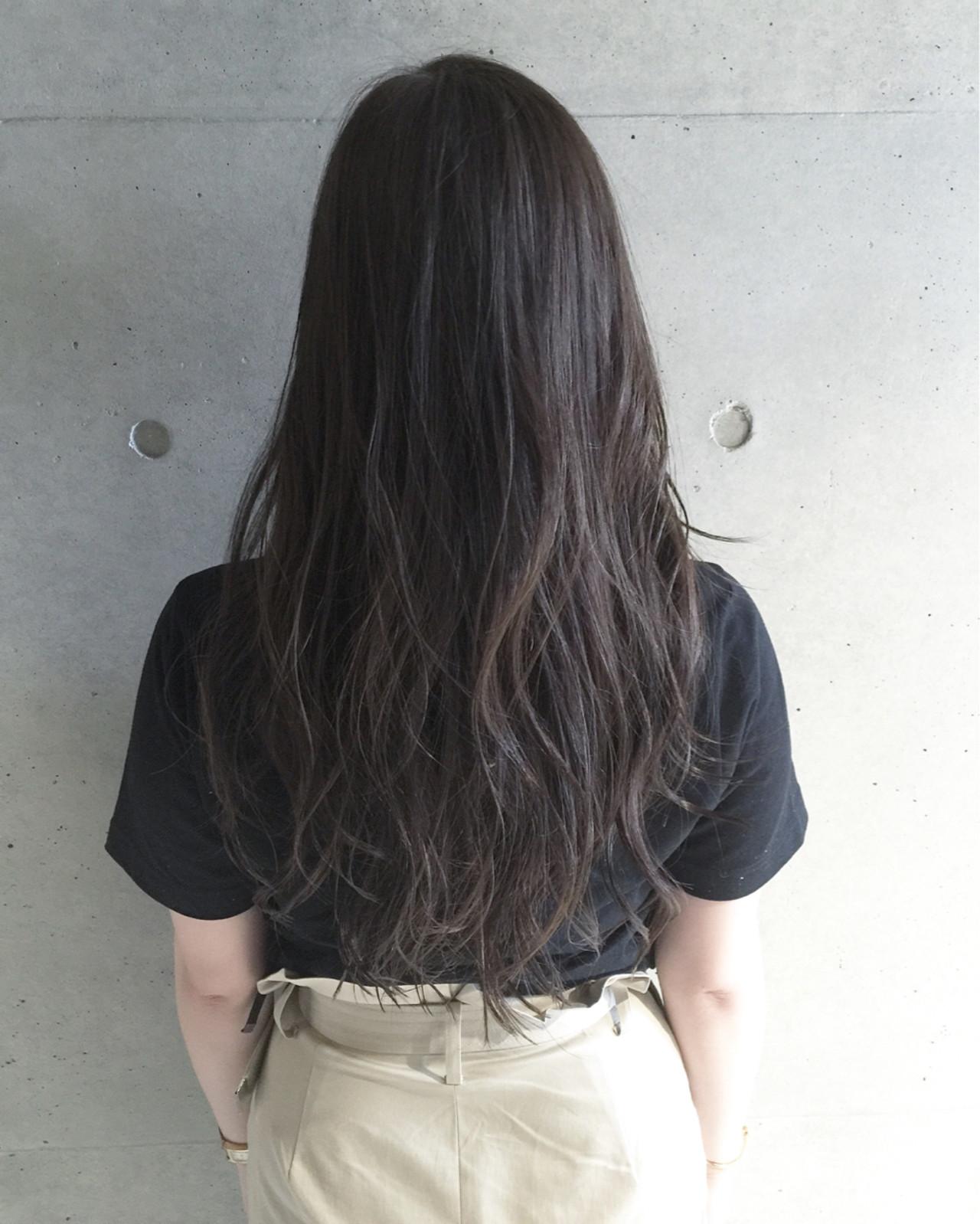 ナチュラル 暗髪 ロング ブラウンヘアスタイルや髪型の写真・画像