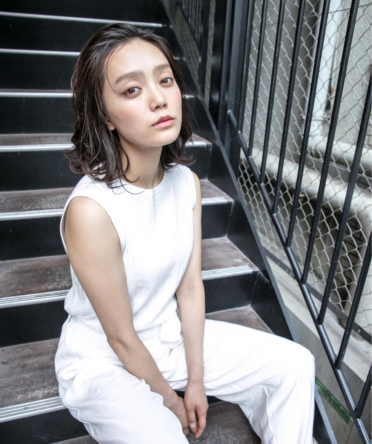 黒髪×パーマで作る媚びない夏の大人女子特集♡ KO-39