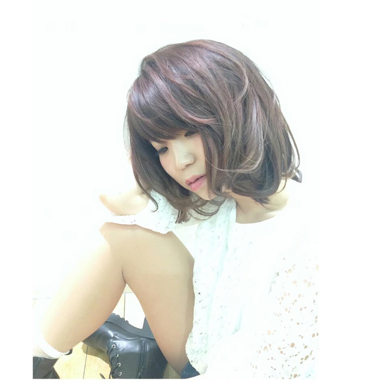大人かわいい ゆるふわ ブラウン 外ハネ ヘアスタイルや髪型の写真・画像 | 横徳憲史 / VISAGE genuine