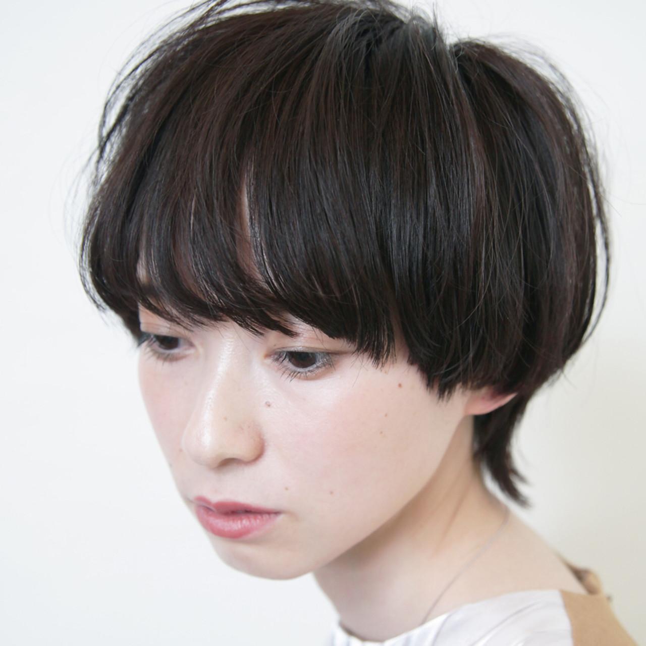 ウルフカット マッシュショート ナチュラル ショートヘアヘアスタイルや髪型の写真・画像
