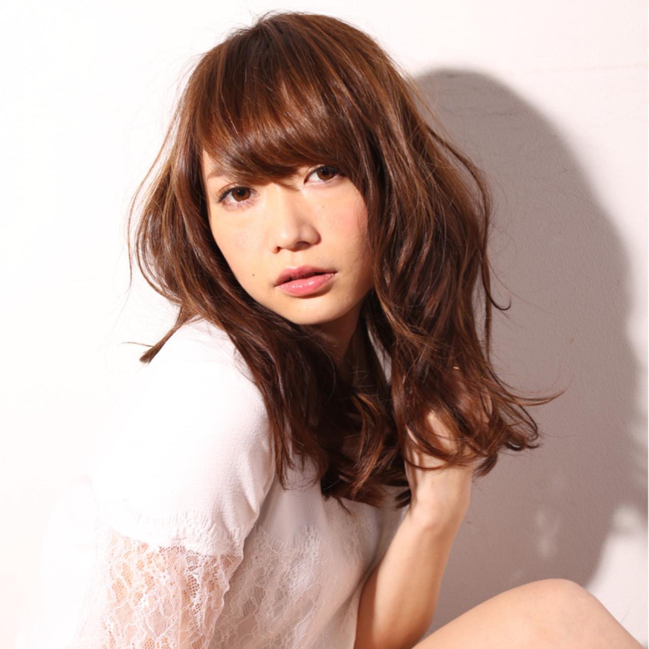 外国人風 フェミニン 大人かわいい アッシュ ヘアスタイルや髪型の写真・画像 | Taku Yokose (Digz hair) / Digz hair
