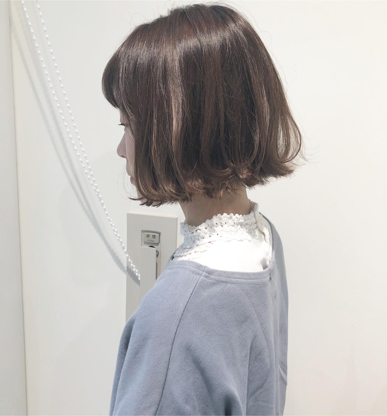 ボブ 外ハネ ナチュラル ミニボブ ヘアスタイルや髪型の写真・画像 | 市岡 久 / BLANCOtres