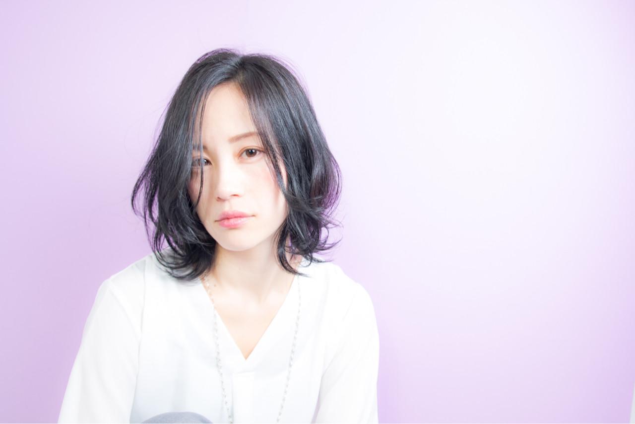 レイヤーカット 春 色気 パーマ ヘアスタイルや髪型の写真・画像 | Well 中山 亮二 / Well Hair Make Studio