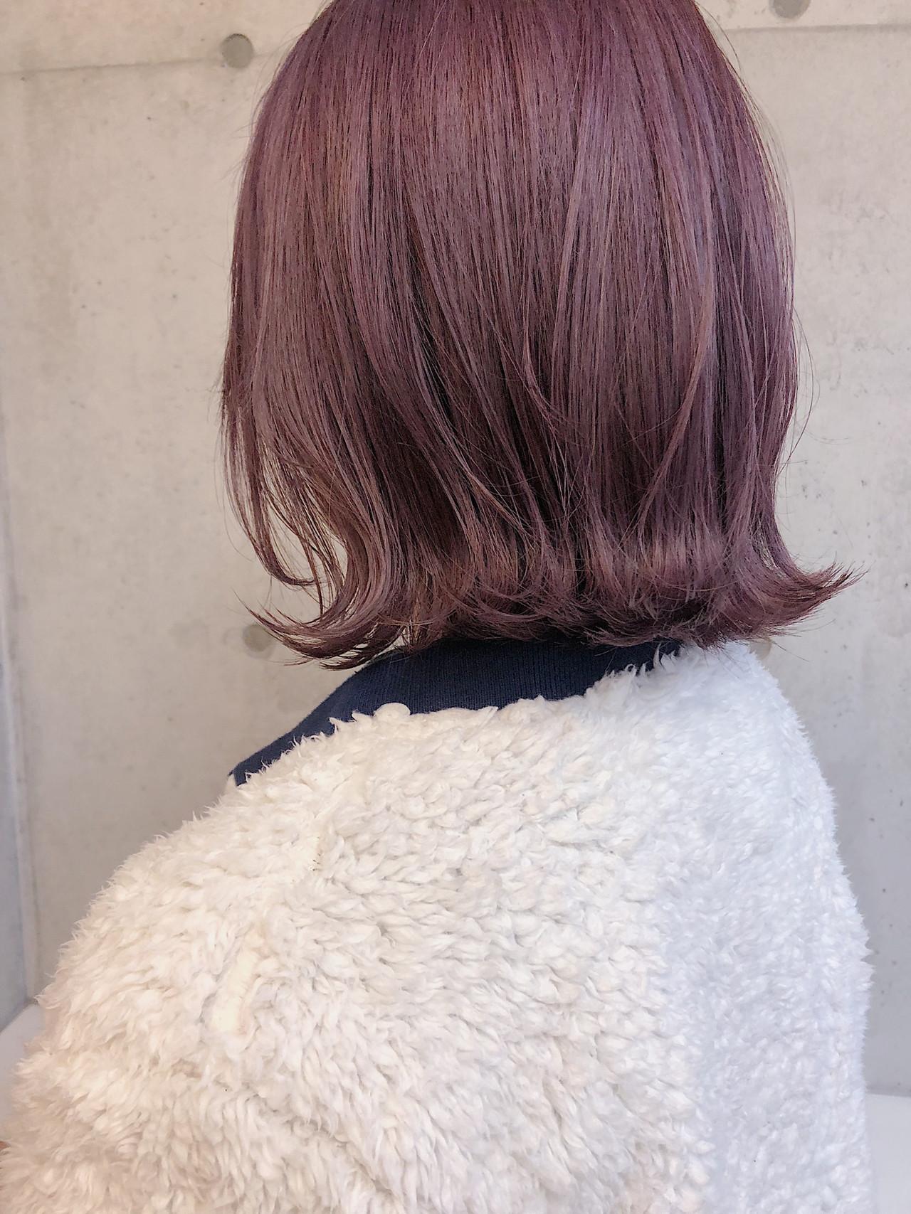 ボブ ピンクベージュ 外ハネボブ 切りっぱなしボブ ヘアスタイルや髪型の写真・画像 | ニシムラ カナ / La familia